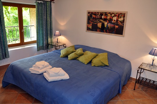 Moulin de la Roque, Noves, Provence, villa Tuilerie, bedroom 4